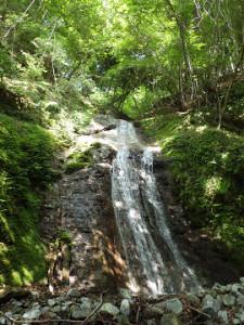 F3(10m)は立ったナメ滝